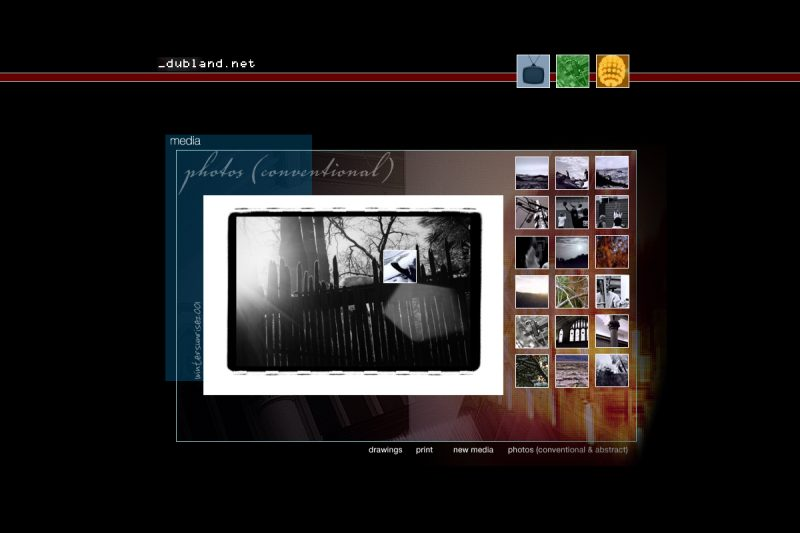 Dubland Photo Gallery Flash Page (2002) screenshot